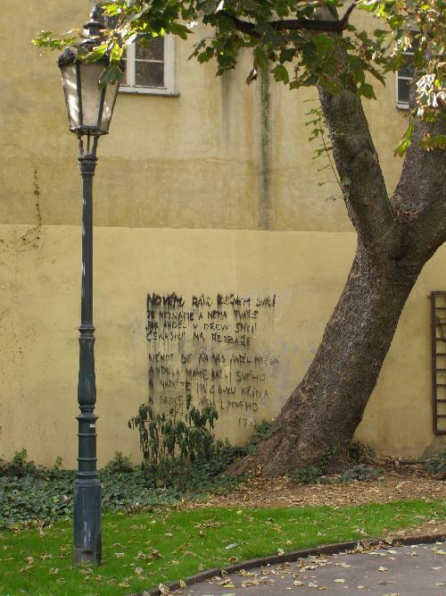 Ein Gedicht von Jan Skácel, Prag